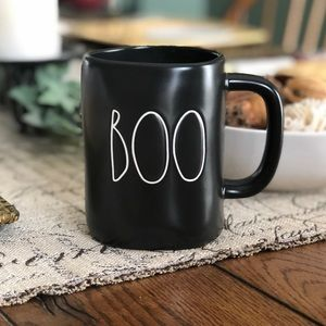 NEW Rae Dunn   Black   Boo Mug Halloween Cup